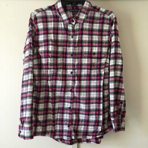 Pink/White Plaid Shirt ⭐️⭐️⭐️